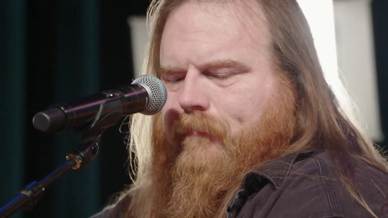 "Video Showcase: Sean Whiting with ""I'm Gonna Love You"""